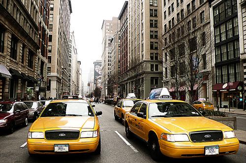 Les taxis jaunes de new york explications histoire etc - Taxi jaune new york deco ...